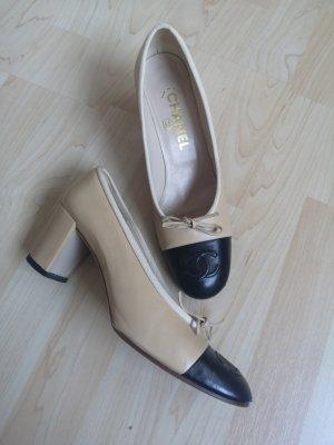 Chanel Zapatos Informales negro-beige claro Cuero