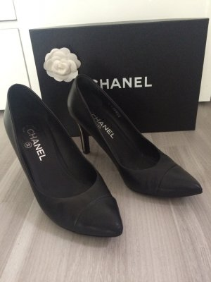 Chanel Pumps schwarz Gr 38,5