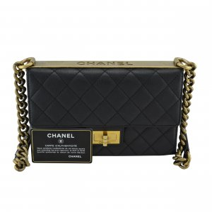 Chanel Borsa a tracolla nero-oro Pelle
