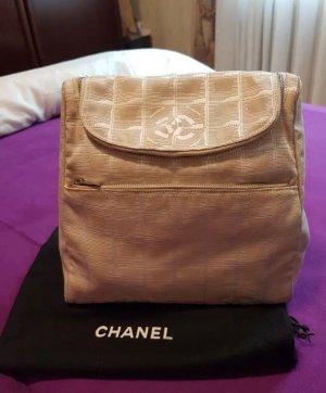 Chanel Sac à dos à roulettes vieux rose