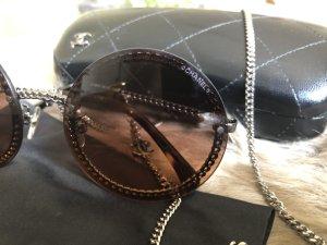 Chanel Runde Sonnenbrille mit Kette