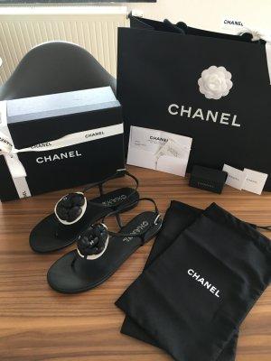 Chanel - Sandalen mit Kamelie