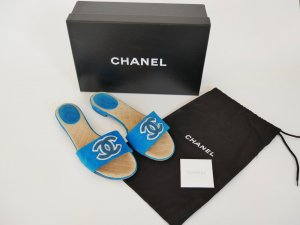 Chanel Comfort Sandals turquoise-white suede
