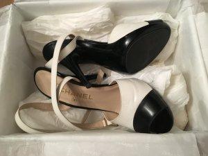 Chanel Sandales à talon haut blanc-noir cuir