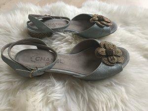 Chanel Sandalo con tacco alto azzurro-oro
