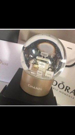 Chanel Schneekugel VIP Neu