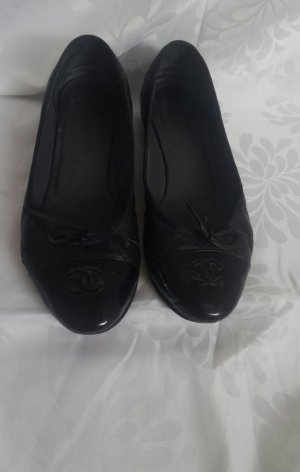 Chanel Ballerinas black