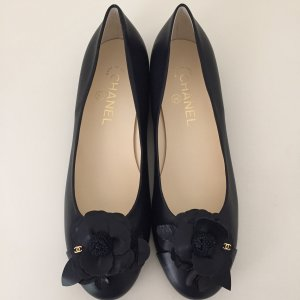 CHANEL Schuhe Ballerinas 38,5 NEU Blau Schwarz Kamelie Leder Slipper 5,5