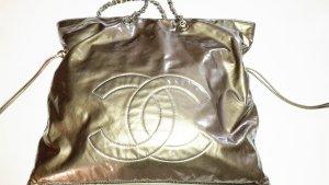 CHANEL Shopper Tasche Lackleder