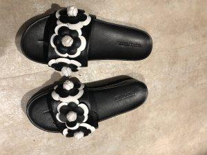 Chanel Slipper Schlappen by Gerry Weber schwarz weiß neu