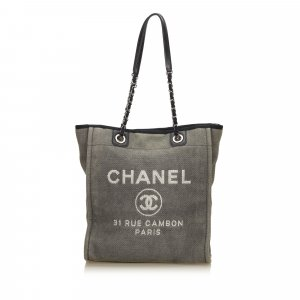 Chanel Borsa larga verde