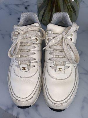 Chanel Sneakers room-zwart