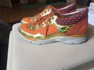 Chanel Sneaker komplett neu !