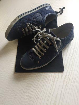 Chanel sneaker original