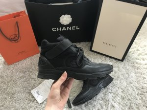 Chanel Sneaker Turnschuhe Schwarz Black Leder High Top Luxus