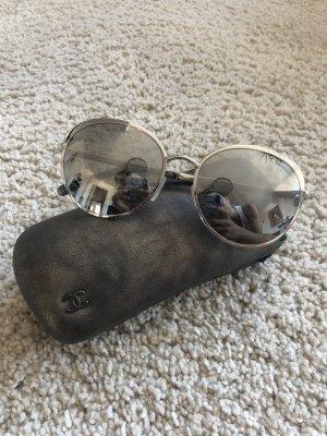 Chanel Gafas de sol redondas color plata