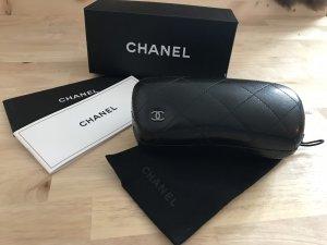 Chanel Gafas de sol redondas verde oscuro Material sintético