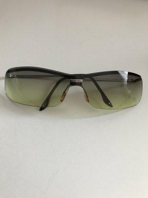 CHANEL Sonnenbrille in gruen