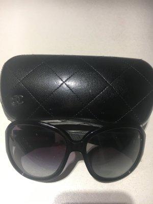 Chanel Sonnenbrille mit Denimdetail an den Bügeln