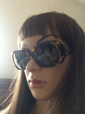 Chanel Sonnenbrille neu in Original Box, KP 329€