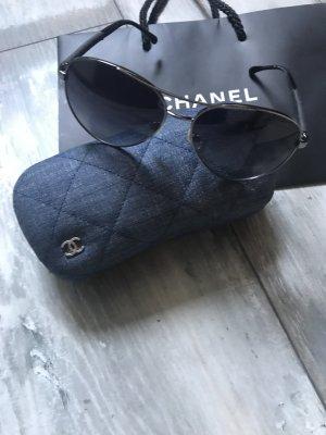 Chanel Sonnenbrille Piloten Stil mit Jeans Modell 4185
