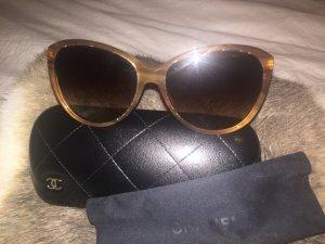 CHANEL Sonnenbrille wird verkauft