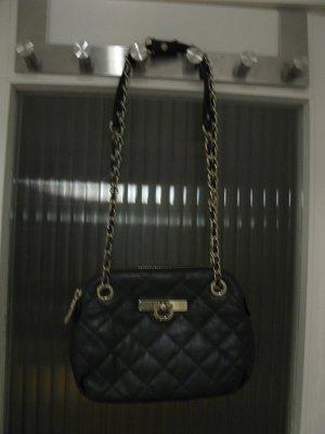 Chanel Style, Neue DKNY Tasche in wunderschönen Metallgrau-Blau