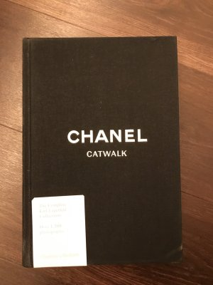 Chanel Tablebook Catwalk Buch zu den Kollektionen