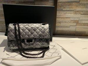 Chanel Tasche 2.55 Silber grau metallic wie neu
