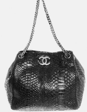 Chanel Bag black reptile leather