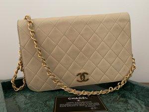 Chanel Sac porté épaule beige