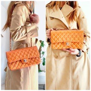 Chanel Bolsa de hombro naranja