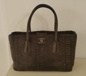 Chanel Shopper dark brown reptile leather