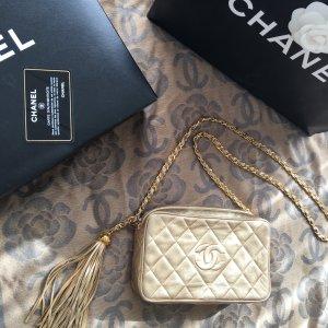 Chanel Tasche Vintage classic Leder Gold mit Quaste