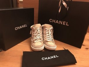 Chanel Top High Sneaker