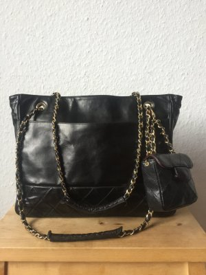 Chanel Handbag black