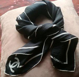 Chanel Pañuelo de seda negro