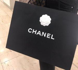 Chanel Tüte mit Box und 2 Geschenkbändern