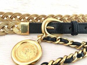 Chanel Cinturón de cuero negro-color oro