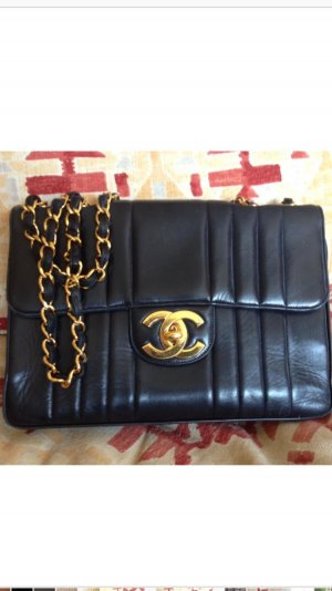 Chanel Vintage Classic-Flag Bag 100% Original