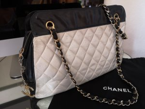 Chanel Vintage Tasche black and white
