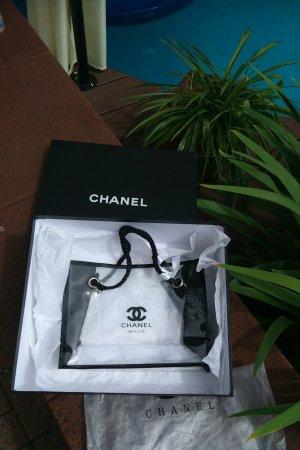 Chanel VIP Gift Tasche mit box