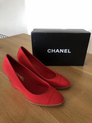 Chanel Escarpin compensé rouge