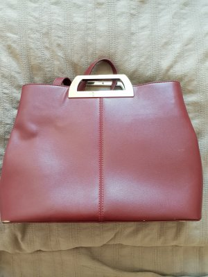 Charles & Keith Tasche