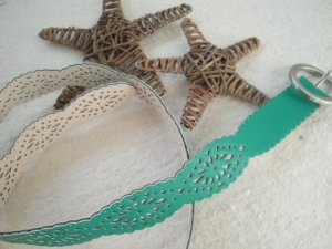 Charles Vögele * Toller Lederimitat Flechtgürtel * smaragd grün * 110cm NEU