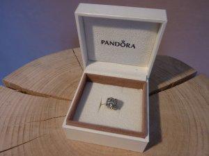 Charm von Pandora in silber mit eingefassten Steinen