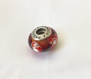 Pandora Charm brown-red