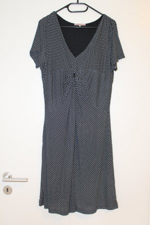 Charmantes, fließendes Kleid von Anna Field