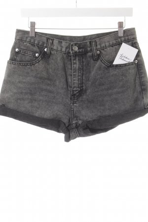Cheap Monday High-Waist-Shorts anthracite street-fashion look