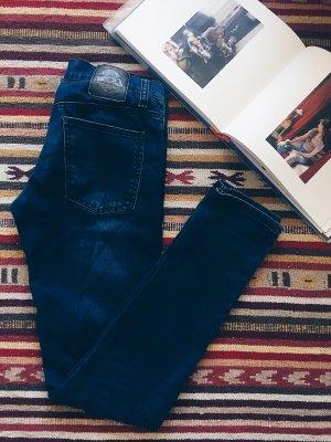 Cheap Monday jeans ausverkauft